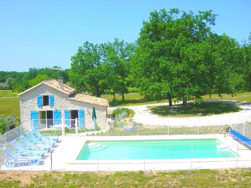 Gites L'Oustalet : Guest accommodation near Sainte-Alauzie