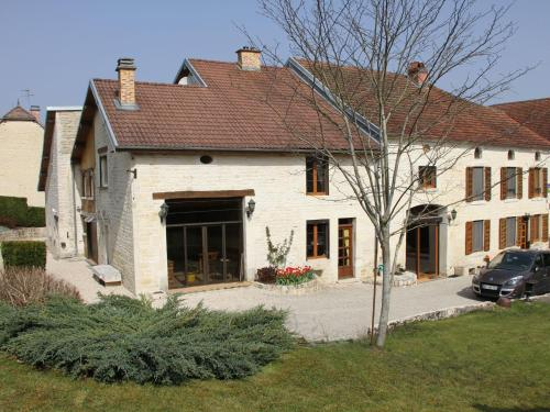 Defoit : Guest accommodation near Juzennecourt