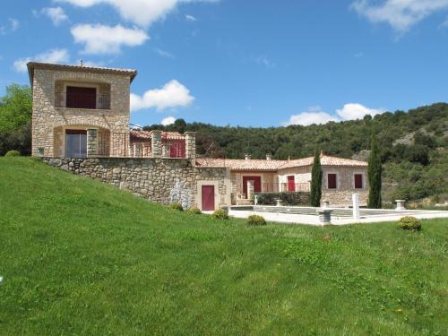 Villa Des 4 Vents A : Guest accommodation near Les Mages