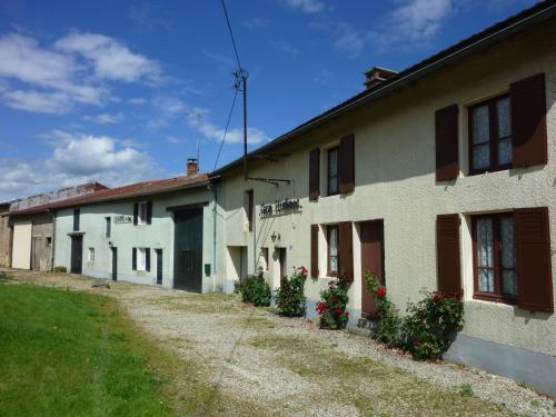 Ferme Remy : Guest accommodation near Servon-Melzicourt