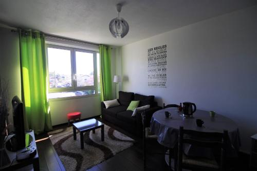 Appartement Les Eglantines : Apartment near Cestas