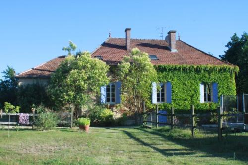 La Clef des Champs : Guest accommodation near Baneuil