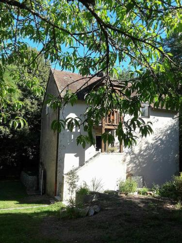 Domaine Pastel : Bed and Breakfast near Jaligny-sur-Besbre