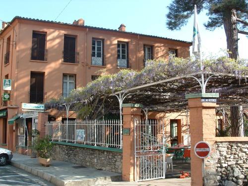 Les Glycines : Hotel near Coustouges