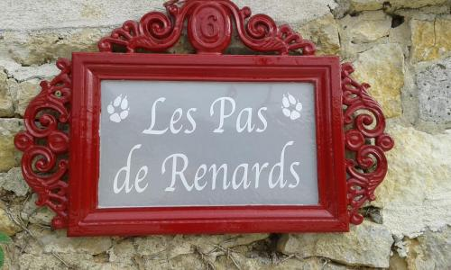 Gîte Des Pas De Renards : Guest accommodation near Linazay