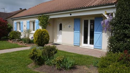 La Galinette : Guest accommodation near Gaye