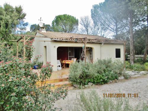 L'Escapade : Guest accommodation near Fons-sur-Lussan