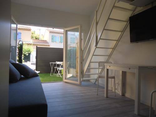 Studio du Pouverel : Apartment near Le Pradet
