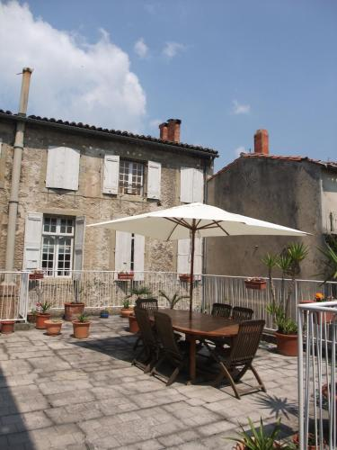Lovely number 6 : Apartment near Carcassonne