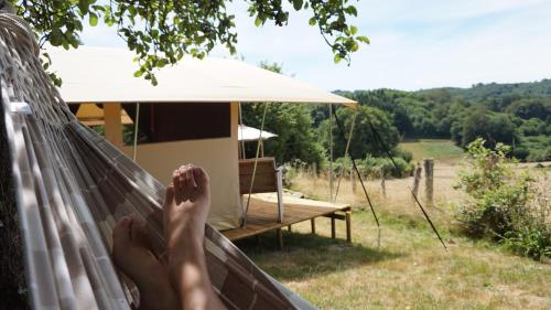 Formidable B&B : Bed and Breakfast near Saint-Dizier-Leyrenne