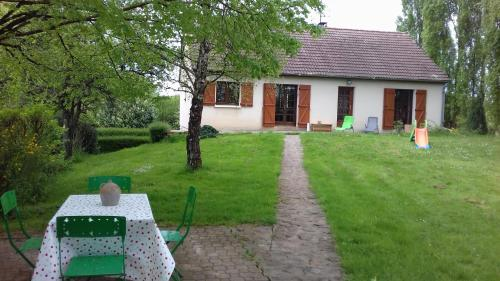 Gite du Vieux Charme : Guest accommodation near Alligny-Cosne