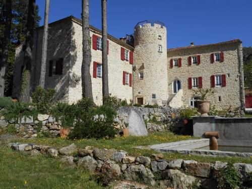 Chateau de la Rode : Guest accommodation near Campestre-et-Luc