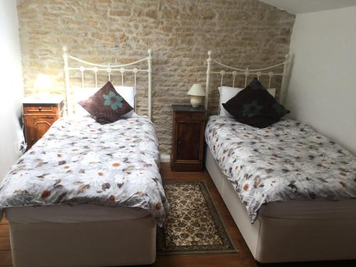 La Guingette : Guest accommodation near Saint-Romain