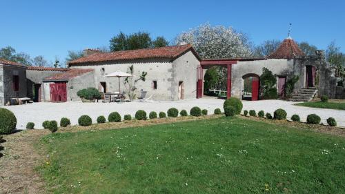 Gites De La Brunière : Guest accommodation near Combrand