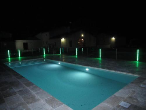 Gite Les Courlis : Guest accommodation near Beaucaire