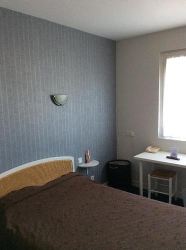 Hotel Relais Fleuri : Hotel near Le Rheu