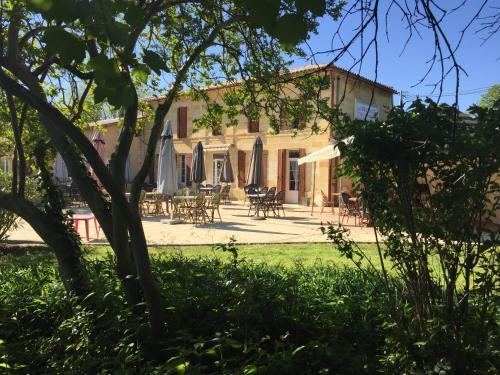 Le Melchior : Hotel near Saint-Pey-d'Armens