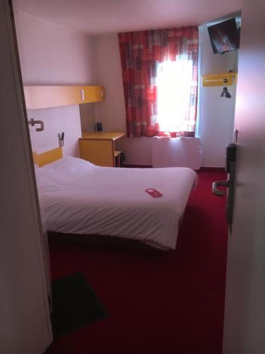 Fasthotel : Hotel near Bailleul-le-Soc