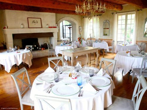 La Maison Domaine de Bournissac : Hotel near Verquières