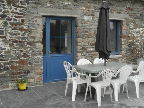 Les Hirondelles de la Baie : Guest accommodation near Dragey-Ronthon