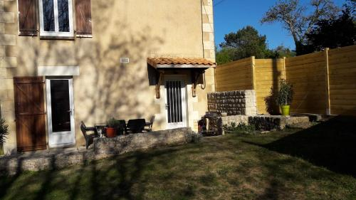 l'escale : Guest accommodation near Vouneuil-sur-Vienne