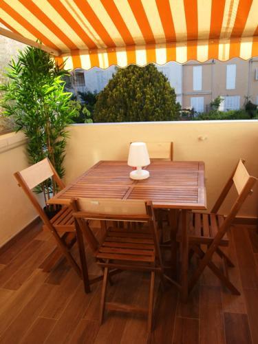 APPARTEMENT-LAVANDINES : Apartment near Saint-Cyr-sur-Mer