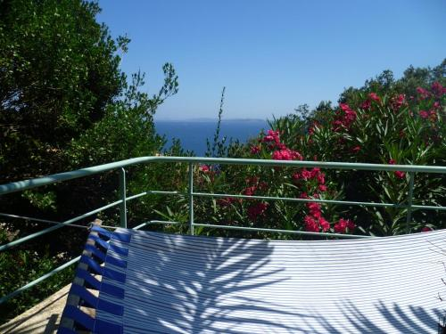 Villa du Bau Rouge : Guest accommodation near Carqueiranne