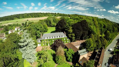 Le Manoir de la Canche : Guest accommodation near Willeman