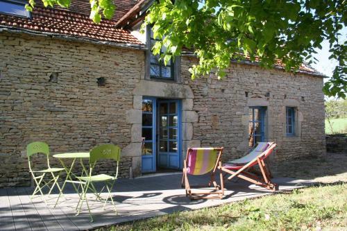La Petite Maison sur le Causse : Guest accommodation near Savignac