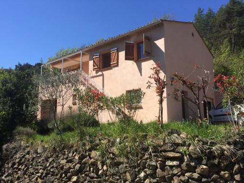 Tournefort Gite Ciambonson : Guest accommodation near Toudon