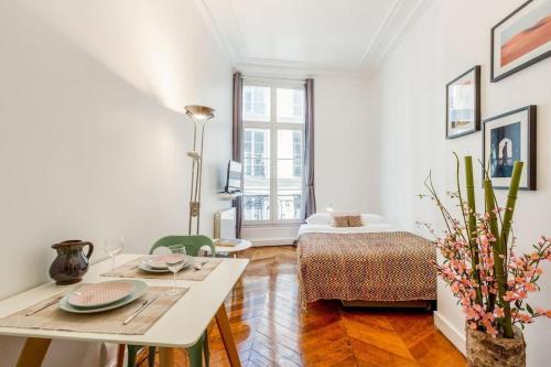 Apartments Rue de Richelieu : Apartment near Paris 2e Arrondissement