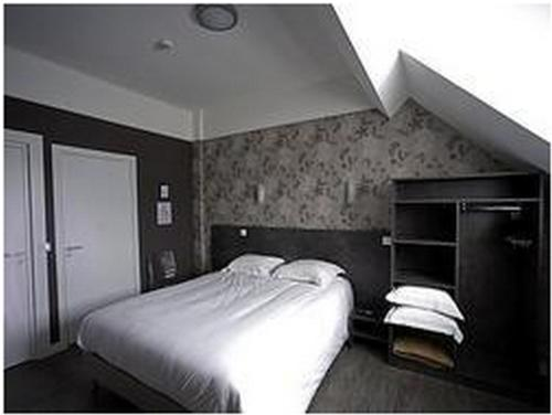 Logis Le Chêne Doré : Hotel near Bretoncelles
