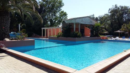 Joli T2 piscine plage : Apartment near Canet-en-Roussillon