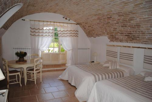 Le Pigeonnier : Guest accommodation near Taradeau