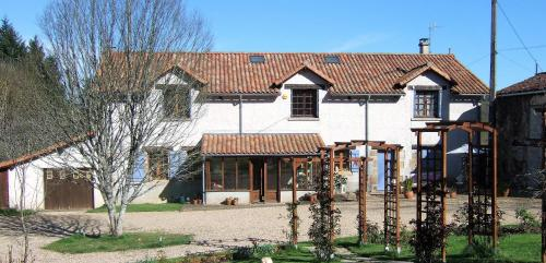 Maison Verger : Bed and Breakfast near Saint-Martin-l'Ars