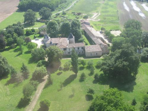 Domaine du Seudre : Guest accommodation near Saint-Simon-de-Pellouaille