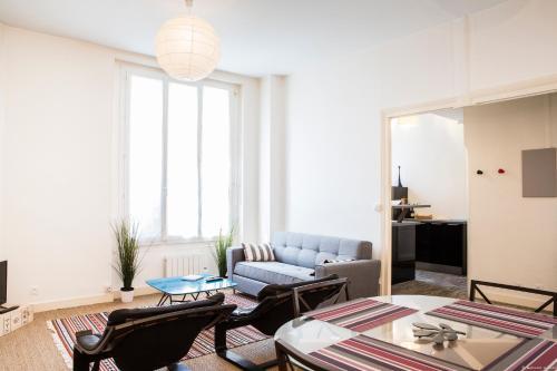 Martinique Nice apartment : Apartment near Cenon