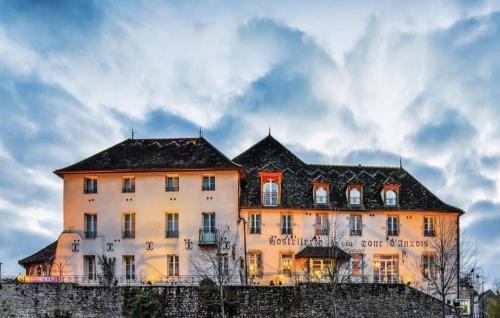 Hostellerie de la Tour d'Auxois : Hotel near Courcelles-lès-Semur