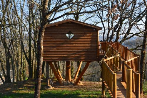 Cabane de Carlat : Bed and Breakfast near Carnac-Rouffiac