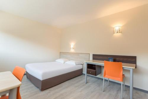 City Résidence Bordeaux Centre : Guest accommodation near Cenon