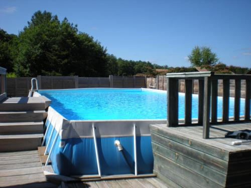 Camping familial les chalets d'Uza : Guest accommodation near Uza
