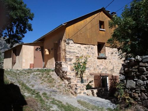 Le Seuil De Mes Reves : Guest accommodation near Seyne