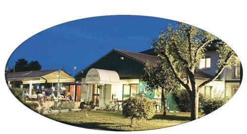 Logis Hotel Horus Restaurant Les Bruyeres : Hotel near Pondaurat