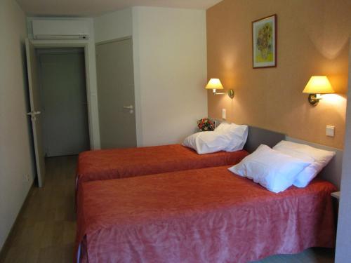 Hotel Chante-Perdrix : Hotel near Saint-Bauzile