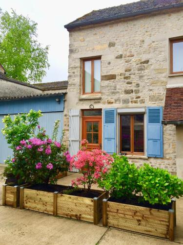 La petite cour : Apartment near Aufferville
