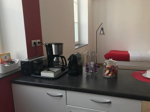 Studios Gare Saint Jean : Apartment near Bouliac