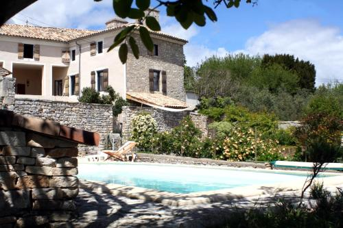 Une Nuit au Village : Guest accommodation near Issirac