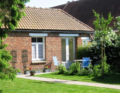 La Wattendamhuys : Bed and Breakfast near Recques-sur-Hem