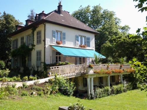 le petit Roche : Guest accommodation near Lizine