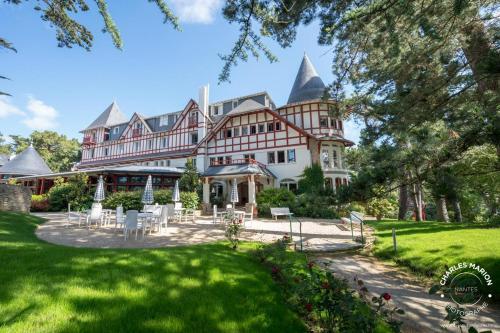 Hotel Les Pléiades La Baule : Hotel near La Baule-Escoublac